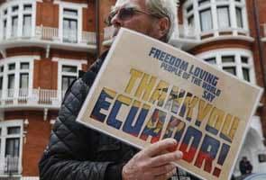 WikiLeaks founder Julian Assange says Edward Snowden info will keep getting published
