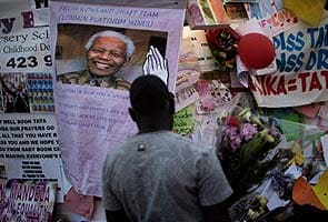 Nelson Mandela's condition remains 'critical but stable'