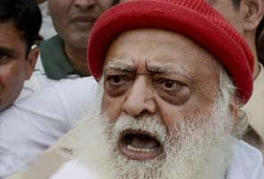 Admit mistake, people will forgive: Sri Sri tweet seems aimed at Asaram Bapu