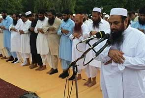 Hafiz Saeed, 26/11 mastermind, leads Eid prayers in Lahore