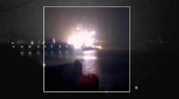 INS Sindhurakshak submarine explodes, 18 sailors feared dead