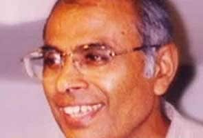 Renowned rationalist Narendra Dabholkar shot dead in Pune