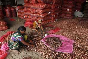 Onion prices soars to Rs 60 per kg in Delhi's retail market