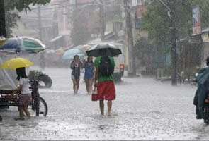 Typhoon Utor hits Philippines; one killed, 23 missing