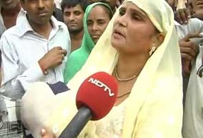 Muzaffarnagar riots: in a canal, a baby girl who was abandoned