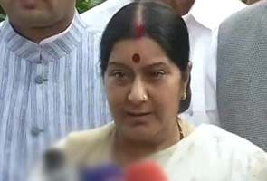 I am still opposed to Sonia Gandhi becoming Prime Minister: Sushma Swaraj