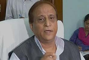 After TV sting, Azam Khan denies pressuring cops in Muzaffarnagar