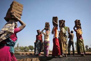 30 million people are slaves, half in India: survey