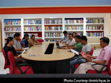 'Ultra-modern green building' for IIM-T students, staff by 2015
