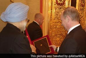 Vladimir Putin's gifts to Prime Minister Manmohan Singh had even Russian officials surprised