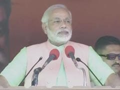 Mamata fights for Bengal; what do Akhilesh, Mayawati do for you, says Narendra Modi in UP: highlights