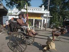 Delhi: A rickshaw puller's journey from prison to books