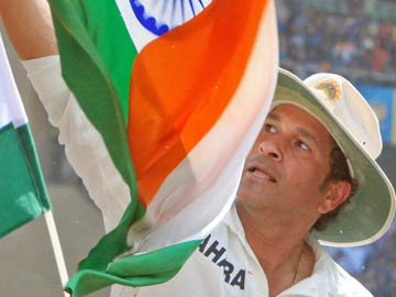Sonia Gandhi congratulates Sachin Tendulkar on being conferred Bharat Ratna