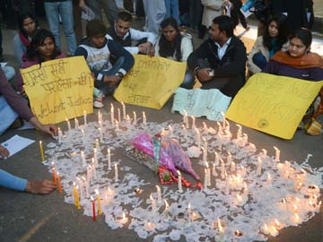 Delhi gang-rape case: Court hears appeal over death penalty