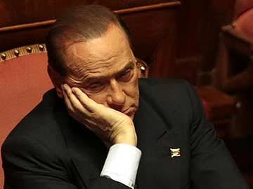 Silvio Berlusconi breaks away from Italian government after party splits