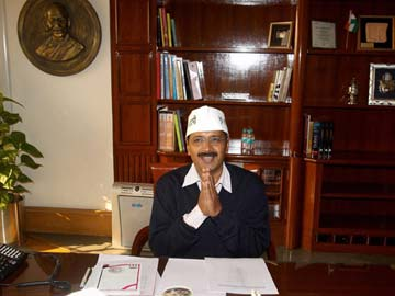 Arvind Kejriwal works six hours on day one in office, transfers nine senior bureaucrats