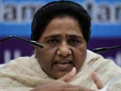 Mayawati attacks UPA in Delhi rally, blames it for price rise