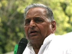 Mulayam against, other parties for Lokpal Bill today