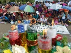 Indonesian Christians stage Christmas protest at palace
