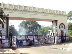 Larger Telangana plan sparks protests, bandh halts parts of Andhra Pradesh