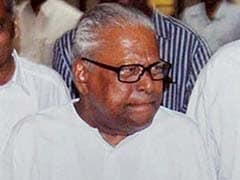 Under Fire From Partymen, CPI (M) Veteran Achuthanandan Storms Out of Party Meet