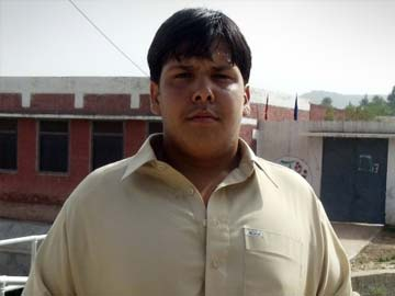 Pakistan honours teenage bomb hero Aitzaz Hassan with bravery award