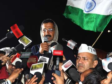 Arvind Kejriwal calls off sit-in that gridlocked Delhi, shocked Centre