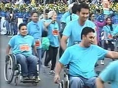 40,000 run for charity in the 11th Mumbai Marathon