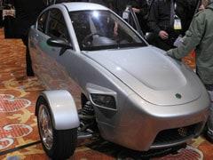 Three-wheel $6,800 car gears for 2015 US launch