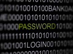 Romania arrests suspected hacker of Bush family emails