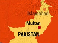 Train bomb kills three in Pakistan: officials