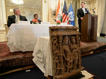 US returns three ancient stolen sculptures worth $1.5 million to India