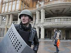 East and West face off over Ukraine's Crimea