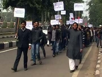 Mulayam Singh's visit to Aligarh Muslim University cancelled