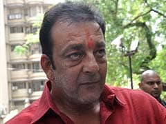 Sanjay Dutt seeks another month's parole extension