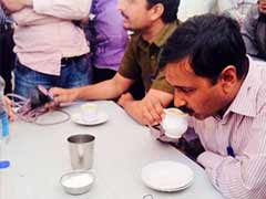 Blog: In Gujarat, chai with Arvind Kejriwal at a dhaba