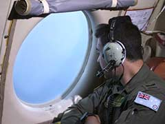 Cargo pallet, belts sighted in Australia hunt for Malaysia Airlines jet MH370