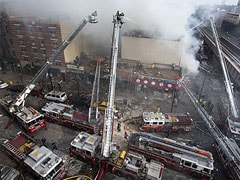 Gas blast destroys two New York buildings; six people dead
