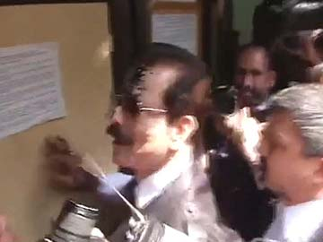 Supreme Court accepts Sahara boss Subrata Roy's unconditional apology