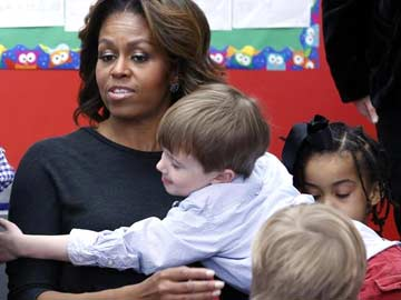 In China, Michelle Obama to stay firmly in 'mom in chief' mode