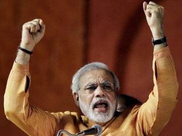 NaMo merchandise a hit in Hyderabad, AAP in Delhi