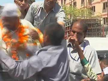 Arvind Kejriwal slapped again while campaigning in Delhi