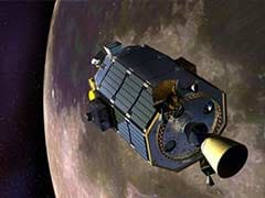 NASA's moon-orbiting robot LADEE crashes down
