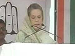 At rally in Bihar, Sonia Gandhi responds to Narendra Modi, Nitish Kumar's allegations