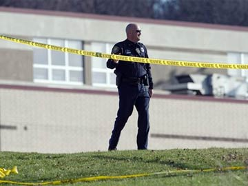 Student stabs at least 20 at Pennsylvania school