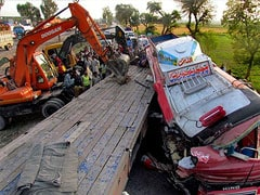 Pakistan bus crash kills 42, injures more than a dozen