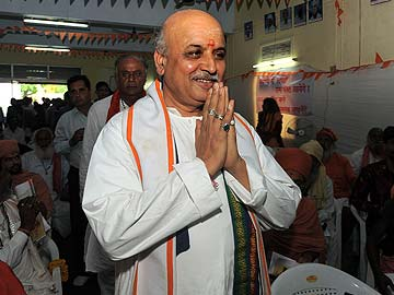 Remarks on Muslims by Pravin Togadia, VHP, trigger new controversy