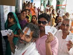 Elections 2014: FAQs on Who Can Be Inside a Polling Booth and Who Can't