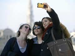 'Selfies' and Social Media Fail to Entice Young European Union Voters