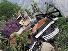 17 Killed in Kashmir Road Accident